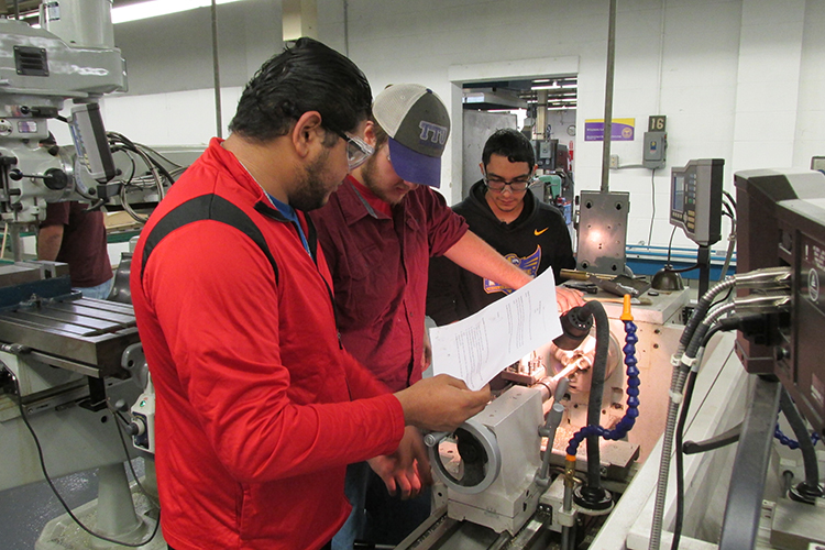 Students working in Machinging Lab